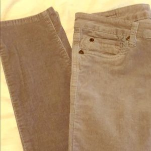 Kut from the Cloth skinny leg cords. SZ 8.
